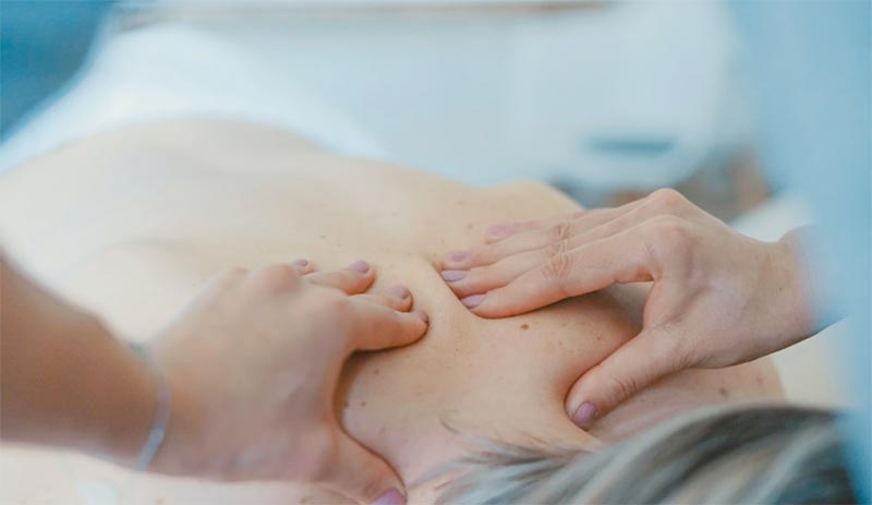脂肪吸引後のエステではどんな施術を受けるのか?